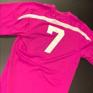 Pink Soccer shirt 👚 number 7 unbranded size Large